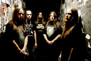 Lecherous Nocturne erotti vokalistin