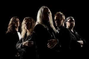 Saxon uuden albumin kimpussa