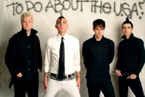 Anti-Flag kiinnitetty Spinefarm Recordsille