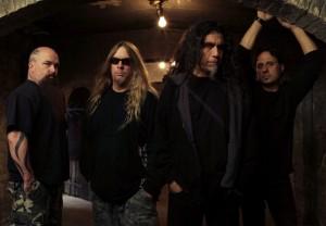 Jon Dette Slayerin rumpaliksi tulevalle kiertueelle
