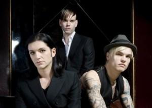 Placebo kiinnitetty Universal Musicille