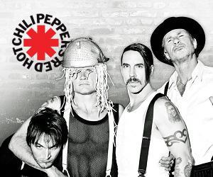 """Red Hot Chili Peppersin uusi """"We Turn Red"""" -kappale kuunneltavissa"""