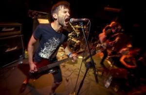 Downfall Of A Gaian kitaristi jätti yhtyeen