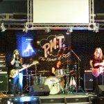 Whitesnake-yhtyeen Doug Aldrich Steamroller yhtyeen kanssa Suomeen syyskuussa