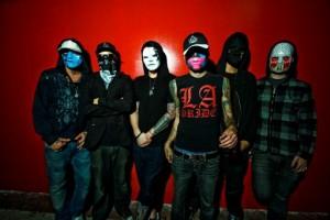 Hollywood Undeadilta uusi albumi ensi vuonna