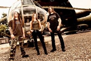 Kill Division kiinnitetty Metal Blade Recordsille
