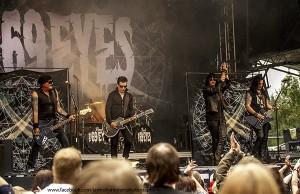 The 69 Eyes esiintyi humalassa keikalla Oulun Hevimestassa: fanit vaativat rahojaan takaisin