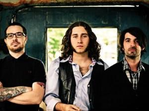 Alexisonfire rumpalilta uusi bändi