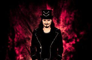 Tuomas Holopainen -promokuva 2014