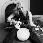 Courtney Lovelta uutta materiaalia toukokuussa