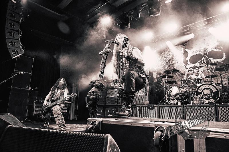 Black Label Societyn entiselle kitaristille tuomio seksuaalisesta häirinnästä