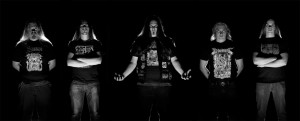 Solothus kiinnitetty Doomentia Recordsille