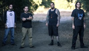 Devildriverin entisiltä jäseniltä uusi yhtye nimeltä Bellum