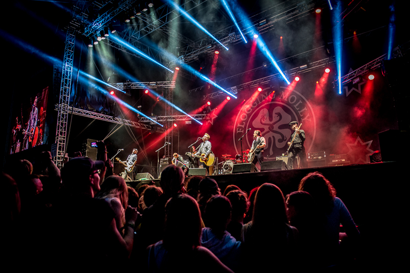 Ikoninen kelttipunk-bändi Flogging Molly klubikeikoille Suomeen helmikuussa