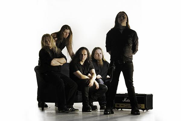 Dark Floodilla pitää kiirettä: live-DVD, minikiertue Japaniin ja uuden levyn äänitykset
