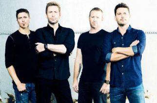 Onko tässä Nickelbackin paras esiintyminen? Katso yhtyeen Metallica-coverointi