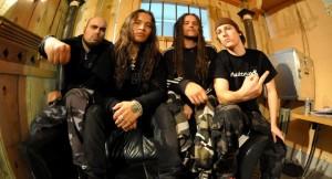 Ektomorffin ja Cannibal Corpsen vokalistin yhteistyö kuunneltavissa