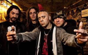 Punk-ikoni The Exploited keikalle Suomeen
