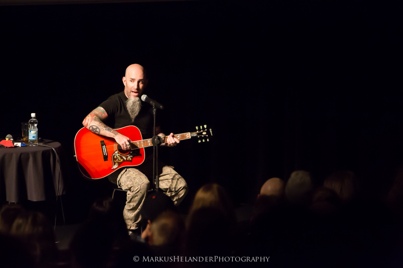 Scott Ian esitteli uuden Sgt. D. -kitarapedaalinsa