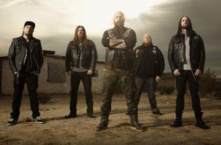 """Demon Hunterin uusi """"Outlive"""" -albumi streamattavissa"""