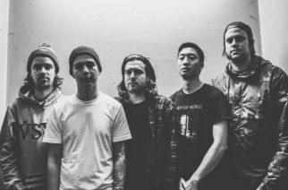 """Counterpartsilta Vans Warped Tourilla kuvattu video uudesta """"Thieves""""-nimisestä kappaleesta"""