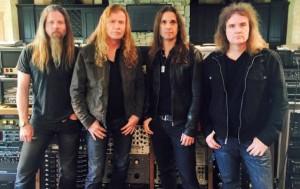 Dave Mustaine pyysi Chris Adleria liittymään virallisesti Megadethin riveihin