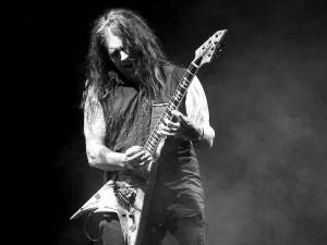 Machine Head -kitaristi täyttää vuosia; Kaaoszine teki soittolistan Machine Headin uran kohokohdista