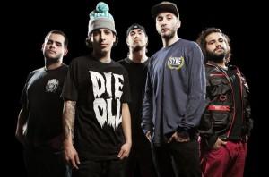Volumes kiinnitetty Fearless Recordsille sekä julkaisi uuden kappaleen musiikkivideon kera