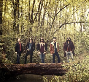 Witchwoodilta debyyttialbumi toukokuussa