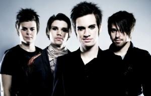 Panic! At The Discon rumpali jätti yhtyeen