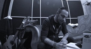 Staindin ja Three Days Gracen jäseniltä uusi yhtye Saint Asonia