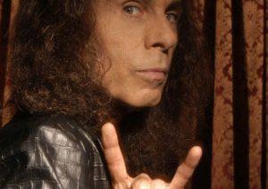 Musiikki elää ikuisesti – Ronnie James Dio