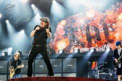 AC/DC, Vintage Trouble, Santa Cruz @ Hämeenlinna 22.7.2015