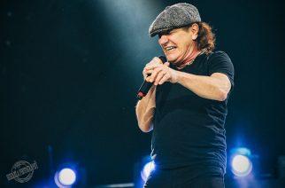 Brian Johnson esiintymässä AC/DC:n kanssa Kantolan tapahtumapuistossa kesällä 2015 (c) Teemu Siikarla