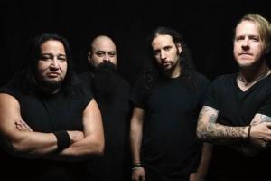 """Fear Factoryn vokalisti Burton C. Bell: """"Meillä ei ole sanavaltaa suoratoistopalveluja vastaan"""""""