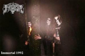 Historian siipien havinaa – black metal valokuvia viime vuosituhannelta