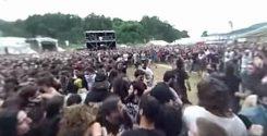 360 asteen kameralla kuvattu Wall Of Death Heaven Shall Burnin keikalta Resurrection Festista