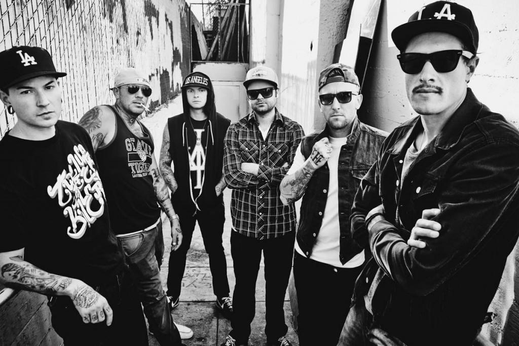 Huippusuosittu Hollywood Undead ja Disco Ensemble Red Hot Chili Peppersin lämppäreiksi Helsinkiin heinäkuussa