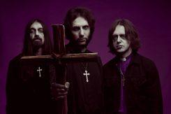 Cathedralin ja Electric Wizardin entisistä jäsenistä koostuvan With The Deadin debyyttialbumi julkaistaan lokakuussa