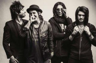"""Escape The Fate julkaisi musiikkivideon """"Breaking Me Down"""" -kappaleestaan"""