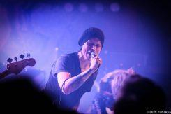 Ville Valo julkaisi suomenkielisen version vanhasta folk rock -hitistä: katso herkkä musiikkivideo