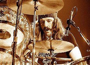 Musiikki elää ikuisesti – John Bonham (Led Zeppelin)