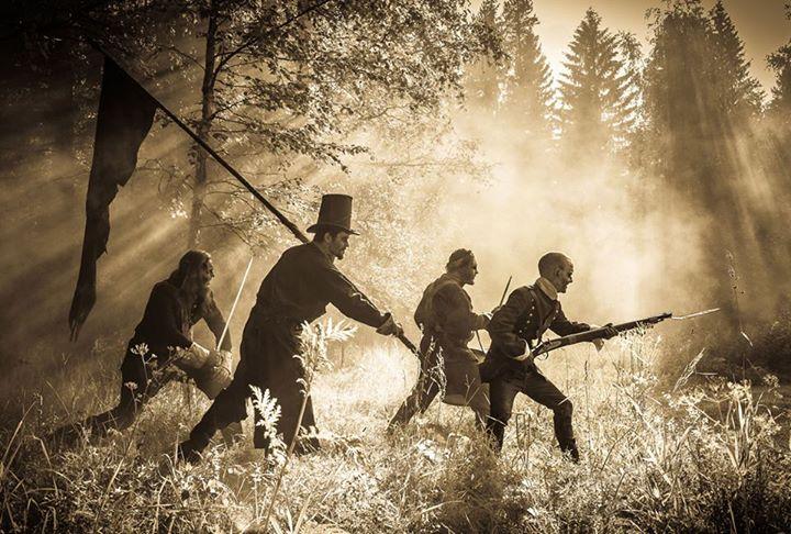 """Verjnuarmu julkaisee """"1808""""-nimisen teema-albuminsa lokakuussa, uusi kappale kuunneltavissa"""