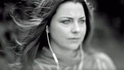 Evanescencen Amy Leen coverointi U2:sta kuunneltavissa