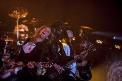 Whitesnaken kitaristi Joel Hoekstra KaaosTV:n vieraana