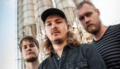 Helsinkiläinen stoner metal -poppoo Centipede julkaisee debyyttialbuminsa maaliskuussa