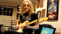 """Judas Priestin entinen kitaristi KK. Downing näyttää kuinka """"Before The Dawn"""" -kappaleen soolo soitetaan oikeaoppisesti"""