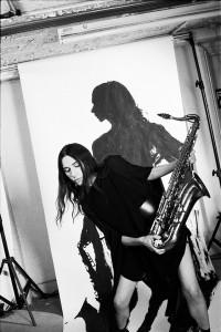 PJ Harvey julkaisee uuden albumin ja saapuu Suomeen