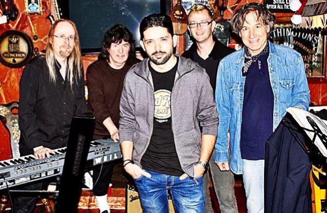 Ritchie Blackmoren Rainbow'n uusi kokoonpano esiintyi ensimmäistä kertaa – livevideoita katsottavissa