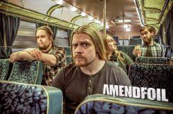 Ylistetty Amendfoil palaa uuden singlen ja kitaristin myötä!